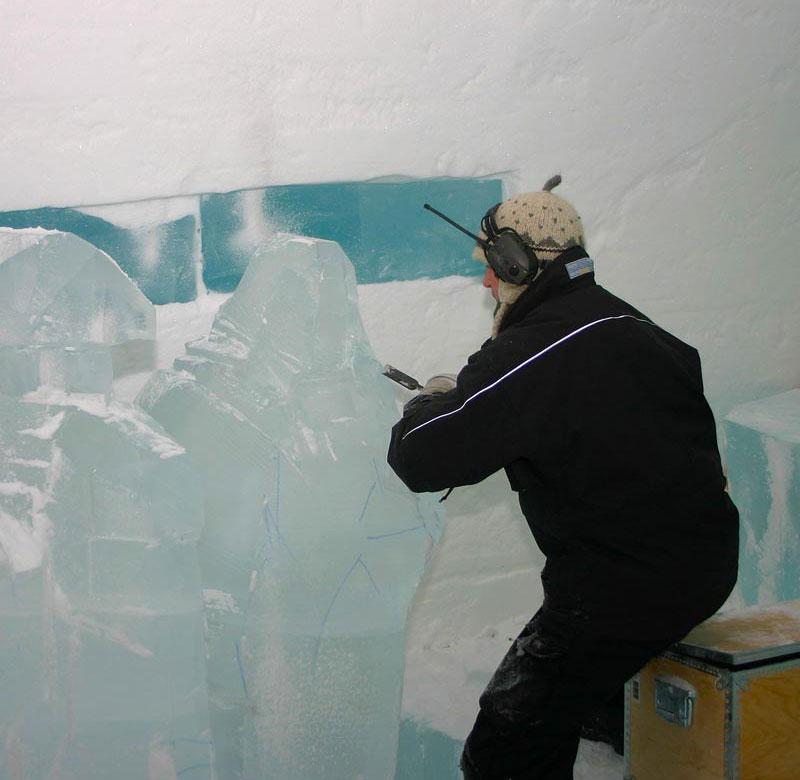 sculpting ice