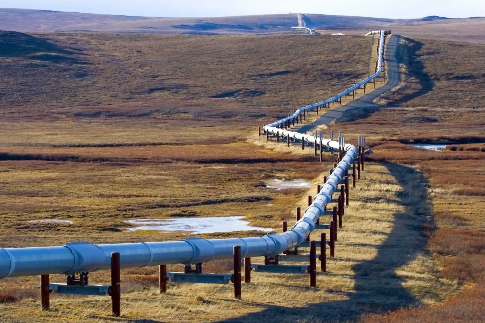 Alaskan pipeline on the tundra